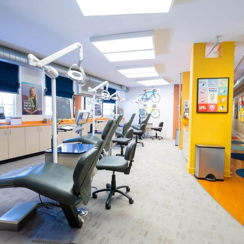 Office Interior Larson Orthodontics Alexandria Virginia 2021 29 800x800 - Our Orthodontic Office