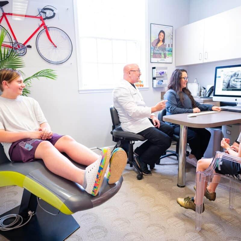 Patient Candids Larson Orthodontics Alexandria Virginia 2021 186 800x800 - The Larson Team