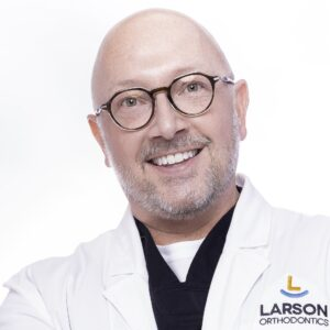 post Doctor Portrait Larson Orthodontics Alexandria Virginia 2021 11 10x10 300x300 - post_Doctor-Portrait-Larson-Orthodontics-Alexandria-Virginia-2021-11_10x10