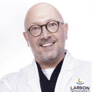 post Doctor Portrait Larson Orthodontics Alexandria Virginia 2021 12 10x10 300x300 - post_Doctor-Portrait-Larson-Orthodontics-Alexandria-Virginia-2021-12_10x10