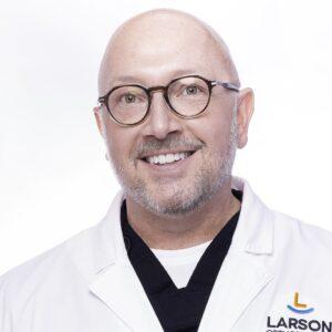 post Doctor Portrait Larson Orthodontics Alexandria Virginia 2021 8 10x10 300x300 - post_Doctor-Portrait-Larson-Orthodontics-Alexandria-Virginia-2021-8_10x10