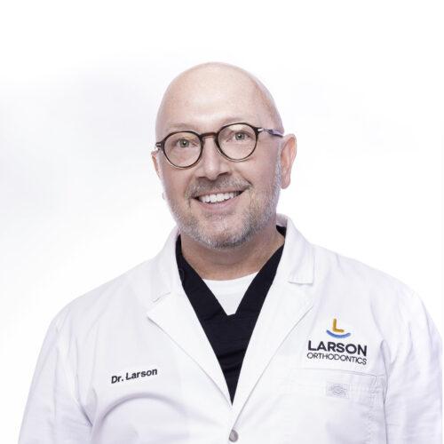 post Doctor Portrait Larson Orthodontics Alexandria Virginia 2021 9B 10x10 500x500 - The Larson Team